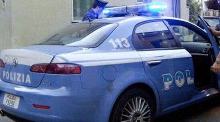 Arrestati gli autori di una rapina ai danni di un dipendente di una tabaccheria I due sono stati colti in flagranza di reato dalla Polizia di Stato