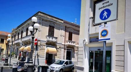 """Nuovi hotspot wi-fi nel centro della città di Palmi Le parole dell'assessore all'innovazione tecnologica, Raffaele Perelli: """"Abbiamo come obiettivo quello di creare una città più informata e informativa"""""""
