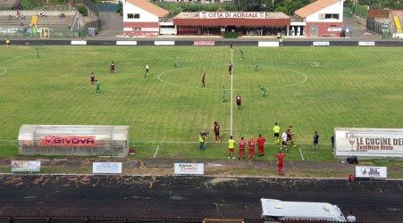 Calcio, Serie D: parte male il cammino della Palmese La squadra neroverde sconfitta ad Acireale per 4 a 1