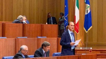 Giannetta si è insediato al Consiglio regionale Calabria Subentra ad Alessandro Nicolò