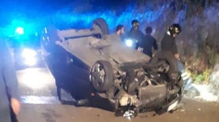 Perde controllo dell'auto e si ribalta: ferito ragazzo di 24 anni Il giovane è stato trasportato in ospedale