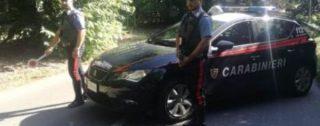 Ruba auto, fugge per diversi chilometri e rischia di investire Carabiniere: arrestato