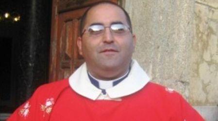 Induzione alla prostituzione minorile, in carcere ex parroco Don Felice La Rosa dovrà scontare un residuo di pena di un anno ed un mese