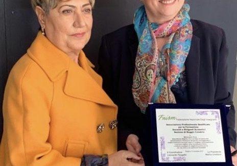 Alla Preside Mariarosaria Russo il Premio Nazionale Fnism Rosarno, Associazione Professionale qualificata per la formazione di Docenti e Dirigenti
