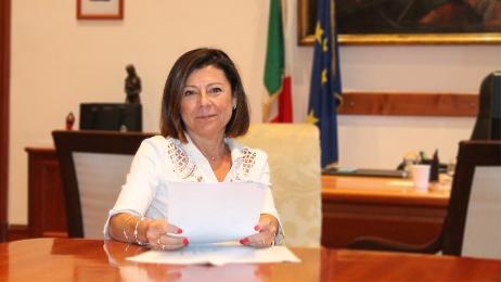 Il Ministro per le Infrastrutture e i Trasporti, Paola De Micheli, visiterà il porto di Gioia Tauro La visita avverrà martedì prossimo nel pomeriggio, dietro invito del commissario straordinario Agostinelli