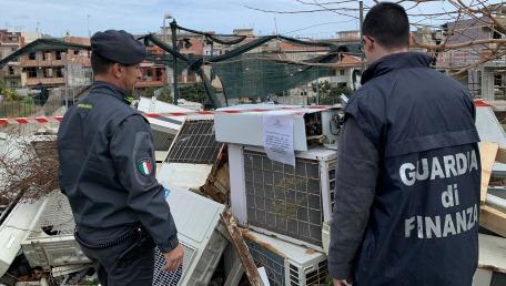 Sequestrata discarica abusiva di circa 4000 mq Rinvenuti rifiuti tossici e pericolosi insieme anche a del gasolio di contrabbando