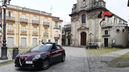 I Carabinieri del Nucleo Tutela Patrimonio Culturale (TPC) consegnano all'Università della Calabria reperti archeologici falsi confiscati