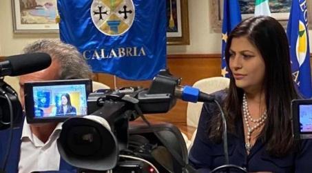 """""""In arrivo un milione di mascherine per i calabresi"""" Lo dichiara la presidente della giunta regionale Jole Santelli"""